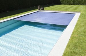 techado de la piscina