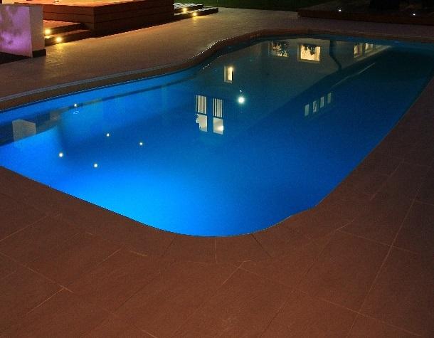 Подсветка карбон-керамического бассейна